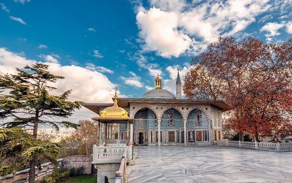 Istanbul - Brána Orientu, letecky, snídaně v ceně4