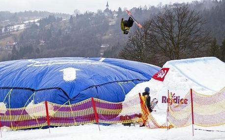 Kurzy freestyle snowboardingu a lyžování