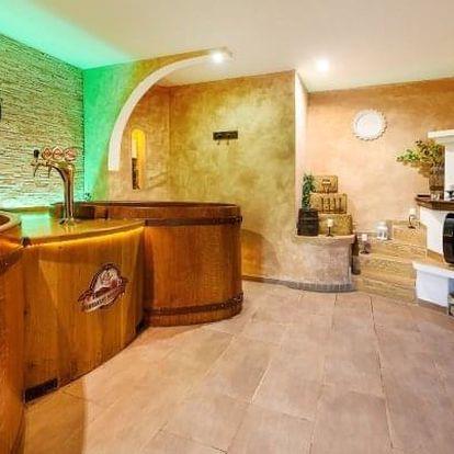 Beskydy: Hotel Beskyd s polopenzí, wellness a 50% slevou na pivní koupel