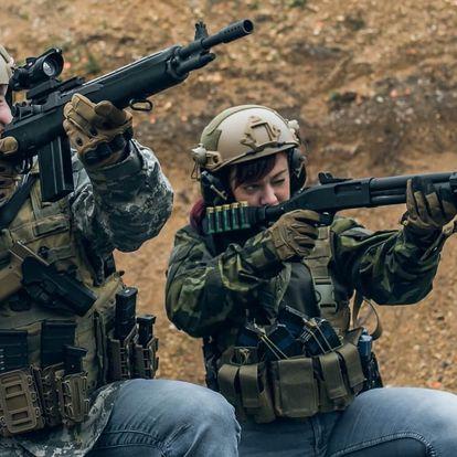 Zážitek pro dva: střelba ze sedmi typů zbraní