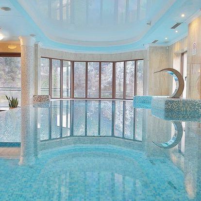 Retro Riverside Wellness Resort u Karlových Varů s neomezeným wellness a degustační večeří