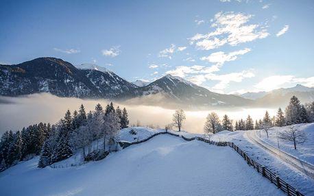 Zima v Alpách se vstupem do Felsentherme