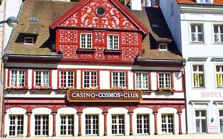 Karlovy Vary v hotelu na promenádě + snídaně nebo polopenze a vstup do lázní