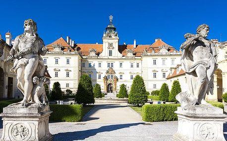 Jižní Morava v penzionu v Bořeticích s 2 degustacemi a neomezenou konzumací vína i bohatým rautem