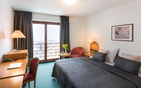 Kouzelná Praha v designovém hotelu Troja**** s bohatou snídaní