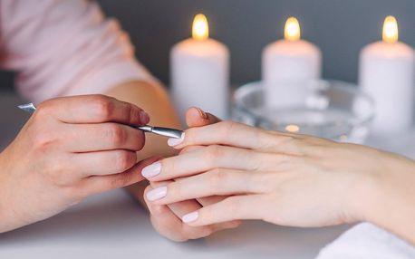 Péče o nehty dle výběru: lakování i gelové nehty