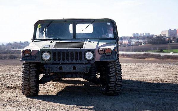 Jízda ve vojenském speciálu Humvee2
