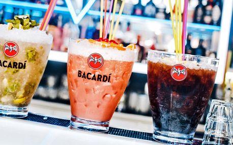 Velké párty koktejly v Trinity Clubu