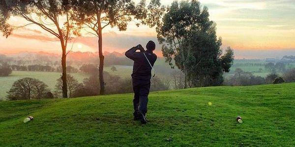 Trénink s koučem golfové psychologie