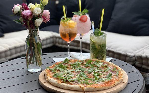 2x pizza z kategorie 169-179 Kč (ø 32 cm) a láhev vína podle výběru (0,7 l)5