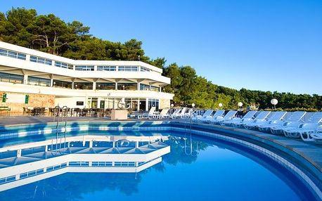 Chorvatsko, Hvar | Hotel Fontana Adriatiq** | Polopenze | Až dvě děti zdarma