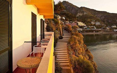 Itálie - Ischia letecky na 8-15 dnů, polopenze