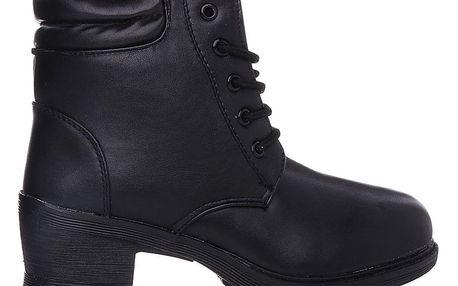 KOKA Shoes fashion Černé kotníkové boty 181-2B Velikost: 38 (24 cm)