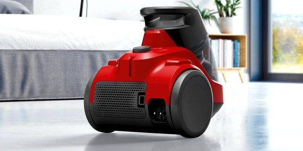 Podlahový vysavač Electrolux Ease C4 EC41-ANIM červený2