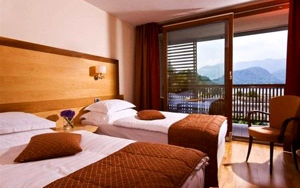 Hotel LOVEC**** - Bled, Julské Alpy, vlastní doprava, polopenze2