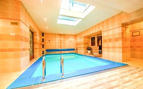 Trenčianske Teplice: Hotel Most Slávy *** s polopenzí, wellness a bazénem Grand