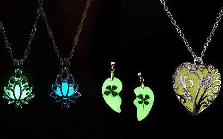 Svítící náhrdelníky ve tvaru lotusu nebo srdce
