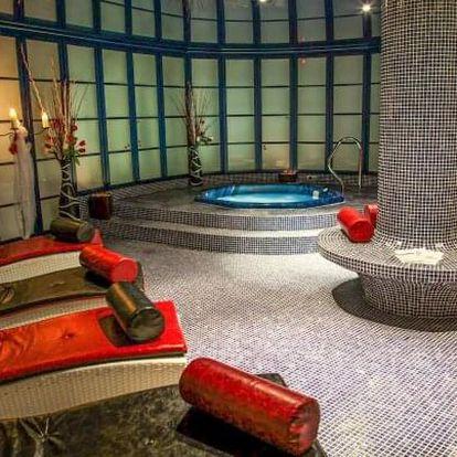 Dámská jízda: Hotel Morris Česká Lípa **** s plnou penzí a wellness + procedury