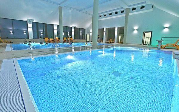 Polsko jen necelých 30 km od hranic v Hotelu Nowy Zdroj s polopenzí, neomezeným wellness a až 10 procedurami