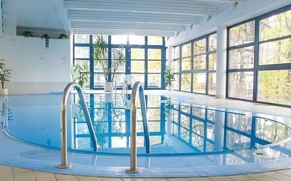 Písek: Interhotel America **** se snídaněmi, večeří, bazénem, saunami + slevy