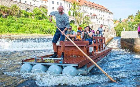 Adventní i letní plavba na voru centrem Krumlova