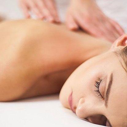 Lymfatická masáž nebo masáž vonnými oleji