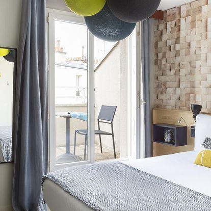 Francie: Hotel BootCamp