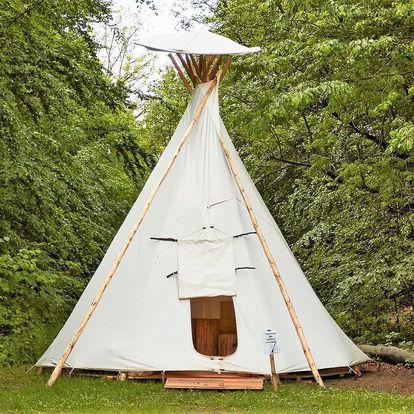 Pobyt v indiánském teepee v Beskydech: možnost grilování, příroda a výlety