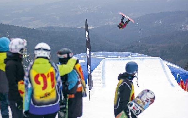 Skok na lyžích do air bagu   Rejdice   leden-březen (dle sněhových podmínek)   2 hodiny2