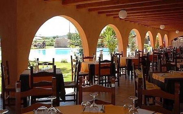 Alma Resort, Sardínie, letecky, plná penze3