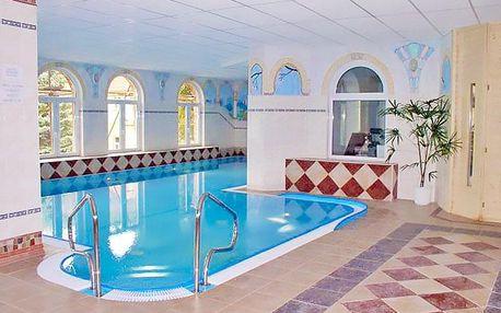 Lázně Luhačovice v hotelu s neomezeným wellness, procedurami a polopenzí + varianty pro dva i pro jednoho