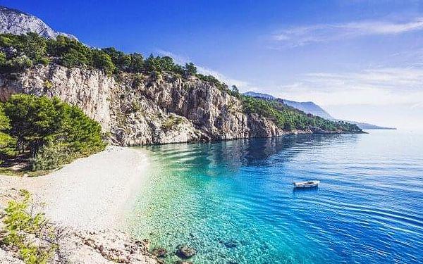 Chorvatsko: Makarská riviéra jen 500 m od moře v Apartmánech Ivan pro 2 - 4 osoby + zahrada s grilem