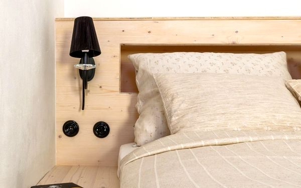 Dvoulůžkový pokoj Standard s manželskou postelí5