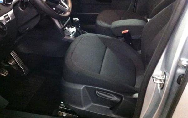 Kompletní a kvalitní ruční mytí interiéru vozu v Time Wash Cars5