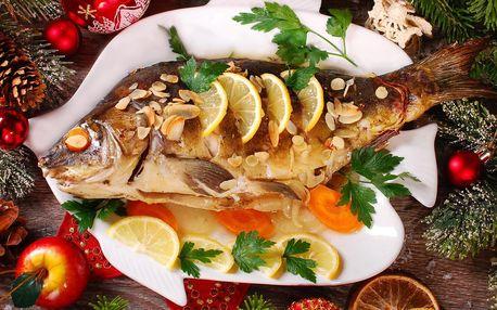 Až 2,5kg vánoční kapr: vykuchaný i stažený z kůže