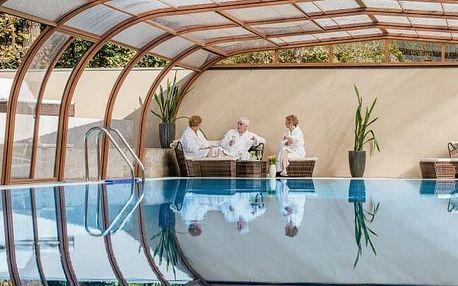 Maďarsko: luxus na zámku Fönix Medical Wellness Resort **** s neomezeným wellness, půjčením kol a polopenzí