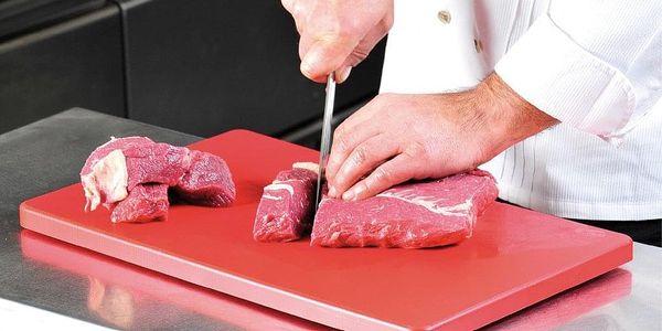 Kesper Řezací deska vyhovující HACCP, plastový sloužící stojan v červené barvě
