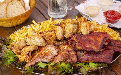 Hostina pro partu: 1,5 kg masa a 0,5 kg hranolků