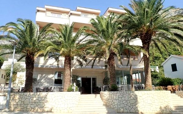 Hotel Neptun - Gradac