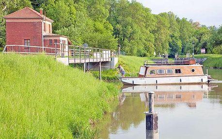 Baťův kanál v penzionu s plavbou na lodi a snídaní + termíny až do září 2020
