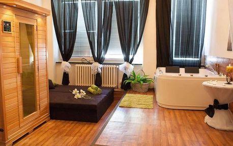 Privátní vířivka, sauna a láhev sektu v délce 60 až 120 minut na Praze 5