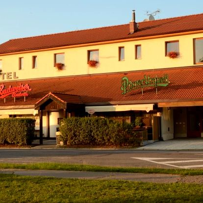 Pardubice: Hotel & restaurant SIGNAL