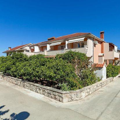 Chorvatsko - Jižní Dalmácie: Apartments and Rooms Dobrila