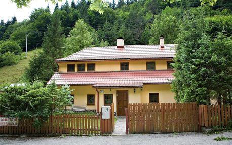Chata Donovaly obklopena národními parky Nízké Tatry a Velká Fatra