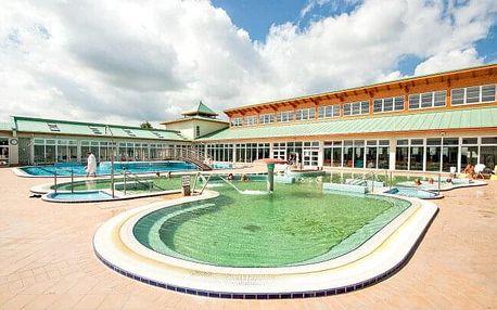 Pobyt u Mosonmagyaróváru: Hotel Korona Panzió se vstupem do termálních lázní a polopenzí