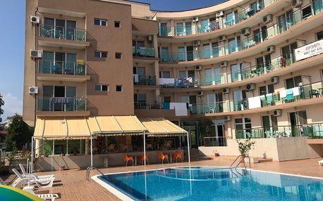 Primorsko: Apartments Oasis