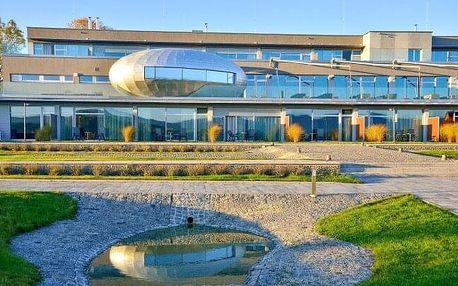 Jizerské hory: přepychový Hotel Antonie **** s polopenzí, wellness a sportzónou