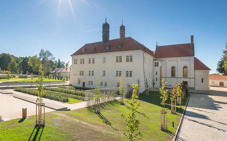 Exkluzivní pobyt na romantickém zámku nedaleko Prahy - dlouhá platnost poukazu