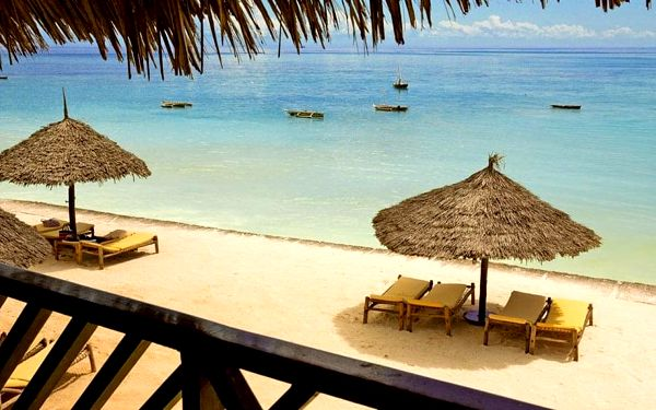 Hotel Double Tree By Hilton Resort Zanzibar, Zanzibar, letecky, polopenze2