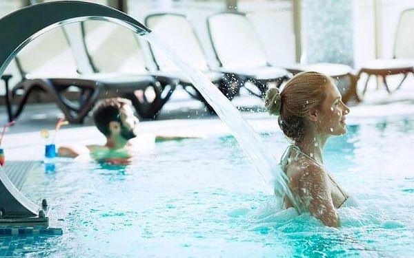 Lázně Velký Meder luxusně v Penzionu Margaréta se snídaní, vínem a bazénem